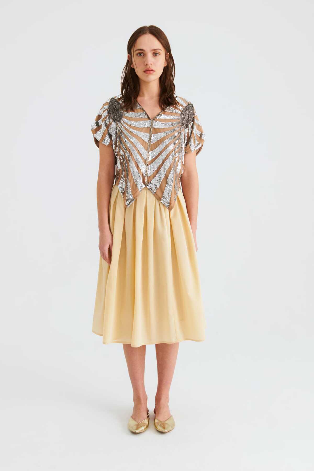 Üzeri Fırfır Detaylı Fuşya Elbise ürün görseli